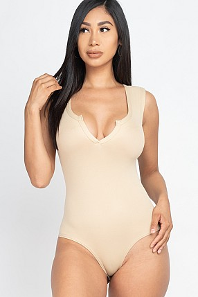 SPLIT NECKLINE SOLID BODYSUIT TOP
